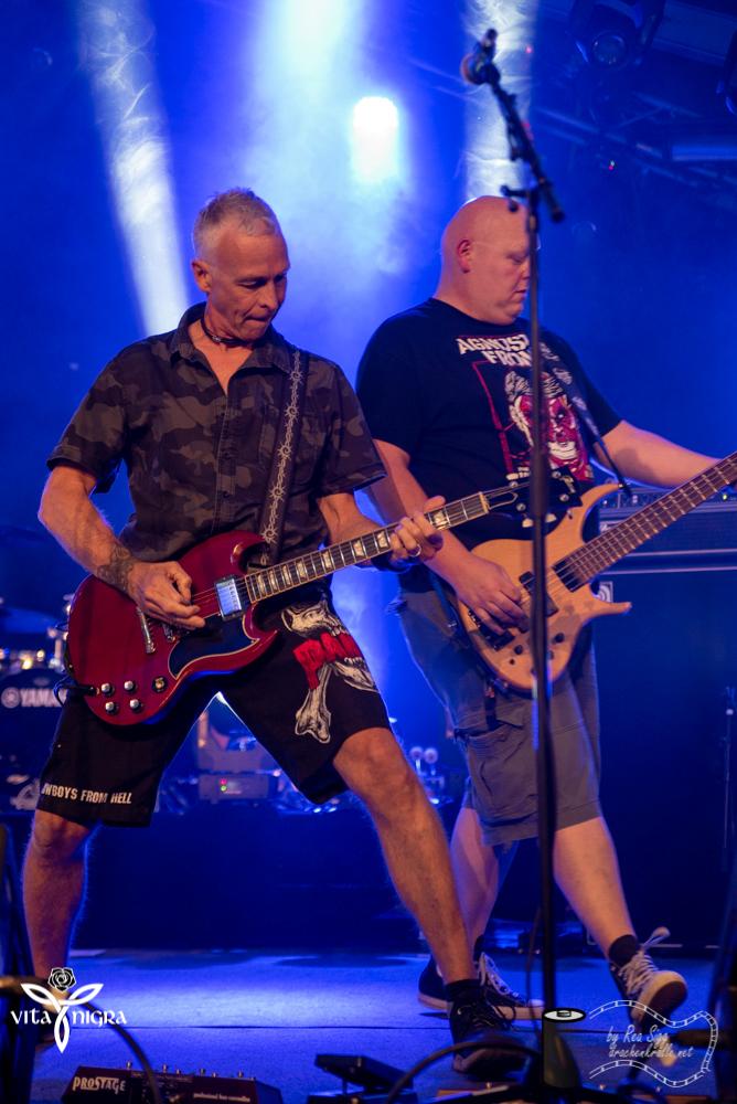 BloodyHorseface_RocknachtTennwil2019_VitaNigra-3