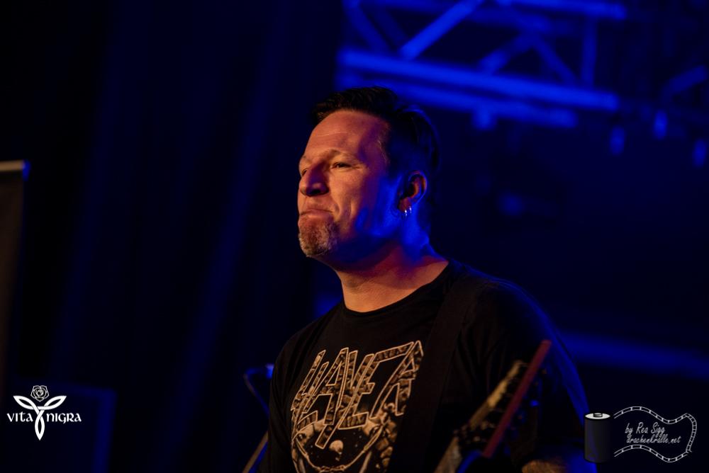 BloodyHorseface_RocknachtTennwil2019_VitaNigra-7