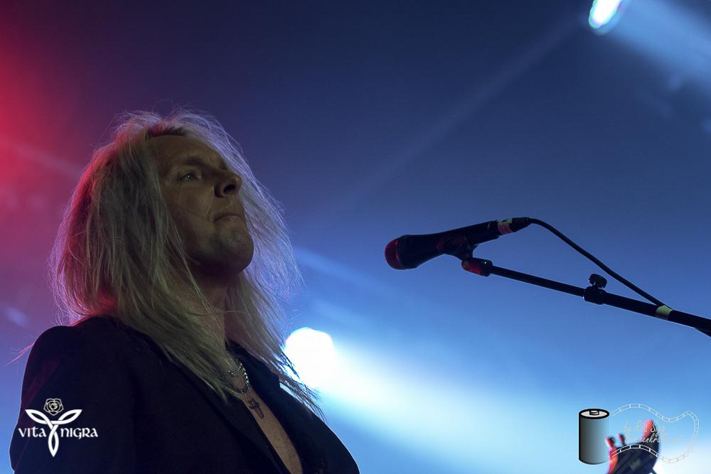 ThePoodles_RocknachtTennwil2018_VitaNigra-11